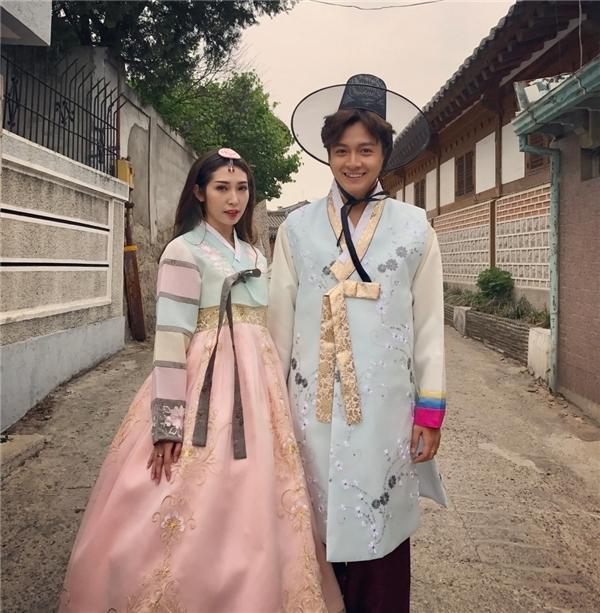 Ngo Kien Huy bi mat 'tau' nha tien ti va len ke hoach dam cuoi cung Khong Tu Quynh