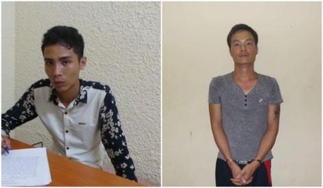 Bắt 2 thanh niên đâm vào mặt tài xế, cướp taxi táo tợn ở Hà Nội