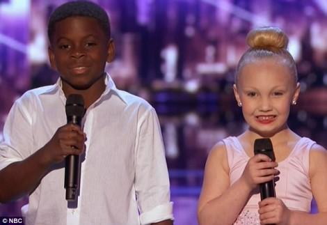 Cặp vũ công nhí đáng yêu nhất nước Mỹ 'đốn tim' cộng đồng mạng