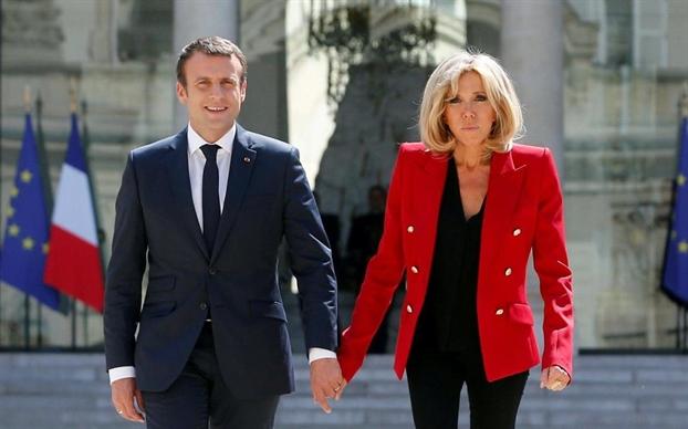Khong lam 'De nhat phu nhan Phap', vay ba Brigitte Macron lam gi?