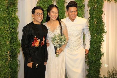 Dàn sao Việt tưng bừng dự đám cưới Lê Phương