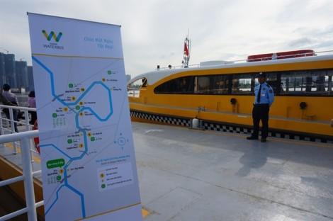 Buýt đường sông đầu tiên ở Sài Gòn bắt đầu hoạt động