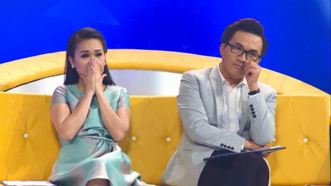 Huong Giang Idol tai xuat tren ghe nong gameshow sau on ao voi NS Trung Dan