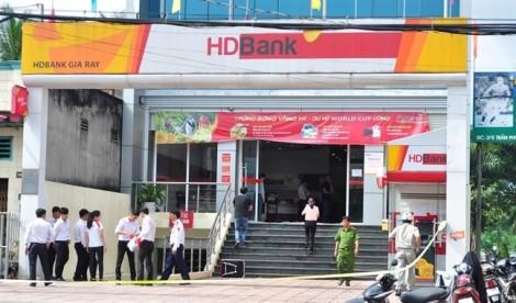 Phát hiện xe máy của hung thủ dùng súng cướp ngân hàng ở Đồng Nai