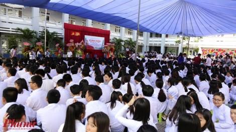 Nữ sinh TP.HCM rạng rỡ trong ngày khai giảng năm học mới