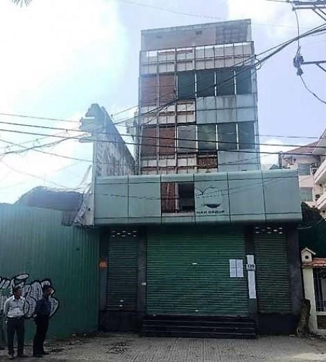 Cưỡng chế một doanh nghiệp nhà nước tại chung cư Cô Giang