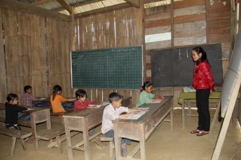 Chủ tịch huyện viết thư xin lỗi vì gần 6 tỷ đồng hỗ trợ học sinh nghèo bị 'thất lạc'