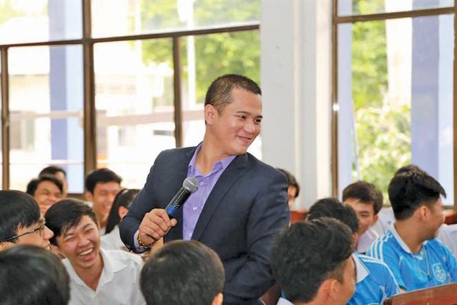Phan Phuc Thang: Gui tinh ve que huong