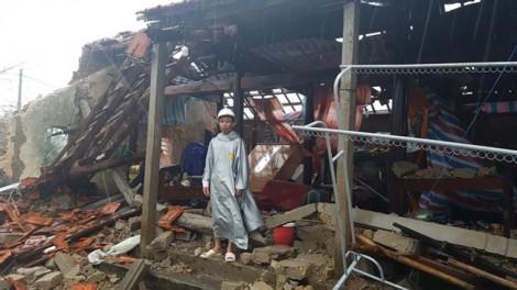 Quảng Bình điều xe thiết giáp, ca nô giúp người dân khắc phục hậu quả siêu bão số 10