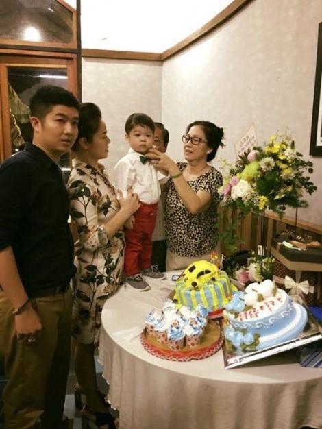 Vợ chồng Nhật Kim Anh hạnh phúc mừng sinh nhật con trai, xóa tan tin đồn ly hôn