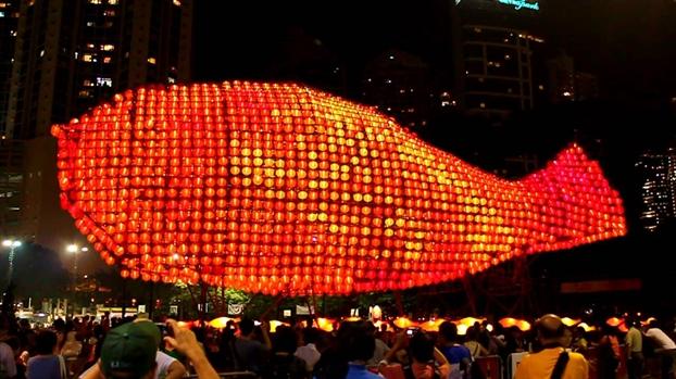 Tet Trung thu o Hong Kong: Dam truyen thong ma van tung bung hien dai