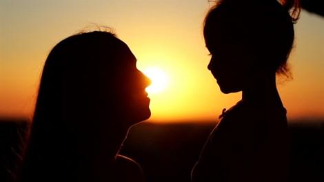 Những lời người mẹ dạy con gái khiến cộng đồng mạng trầm trồ thán phục