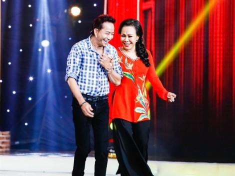 Việt Hương tình nguyện để Bảo Chung 'thả dê' ngay trên sân khấu