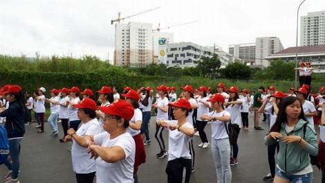 Hơn 1.000 người đồng diễn thể dục