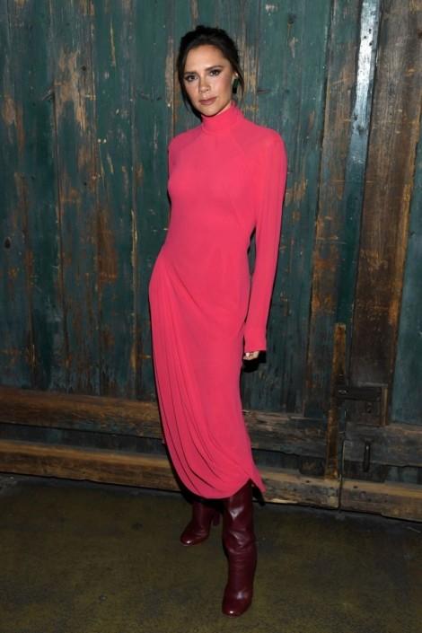 Victoria Beckham thể hiện gu thời trang sành điệu