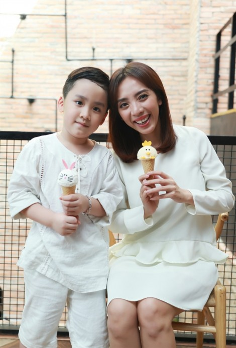Giữa bộn bề công việc, Thu Trang chia sẻ muốn sinh con vào năm sau