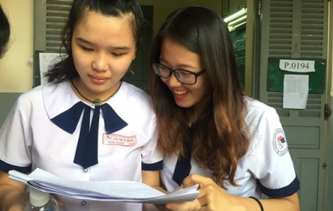 Du học sinh viết đơn xin 'li dị'… môn văn