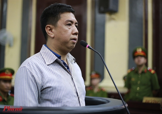 Vu VN Pharma: Nguyen Minh Hung khoc nuc no, bao tuong lai khong con gi trong loi noi sau cung