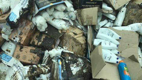 TP.HCM: Tiêu hủy lô hàng mỹ phẩm hơn 20 tỷ đồng