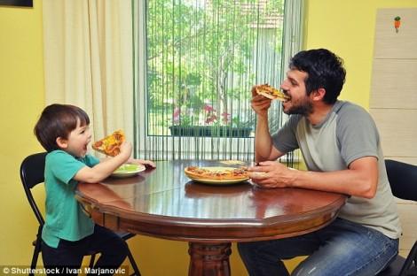 Đàn ông ăn gì trước khi thụ thai sẽ giúp con khỏe mạnh?