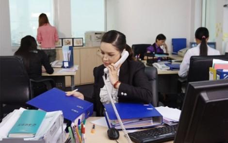 Mẹ bận rộn kiếm nhiều tiền để làm gì khi con có nguy cơ tật nguyền
