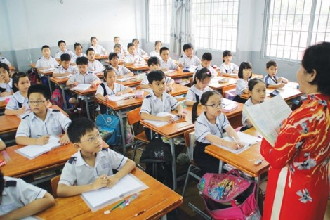 Trường càng 'nổi', học sinh càng ngộp