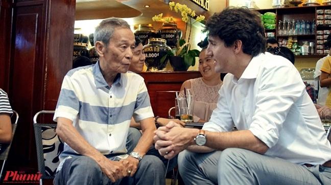 Thu tuong Canada dao pho, khen ca phe Sai Gon ngon so mot