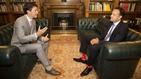 'Ngoại giao vớ' đặc sắc của Thủ tướng Canada chinh phục thế giới