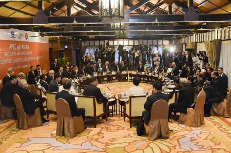 Chiều 11/11, Tổng thống Trump thăm Hà Nội, APEC chuyển giao cho 'chủ nhà' kế tiếp