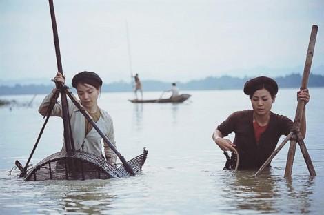 Đạo diễn Lưu Trọng Ninh: Làm lại 'Bến không chồng' để nhớ một làng quê đã mất