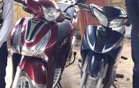 Hai tên trộm tuổi teen buộc dây kéo xe máy hơn 60 km vì 'bó tay' để mở khóa