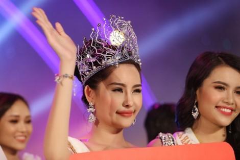 BTC 'Hoa hậu Đại dương Việt Nam 2017' bị phạt... 4 triệu đồng