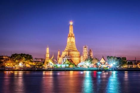 Du khách Mỹ bị bắt vì chụp ảnh phản cảm ở chùa Thái Lan