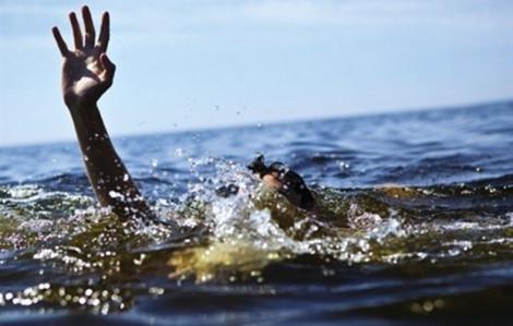 Nam thanh niên rơi xuống suối tử vong trong lúc đánh ghen