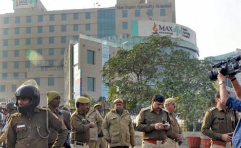 Ấn Độ: Bác sĩ bị sa thải vì 'khai tử nhầm' trẻ sơ sinh còn sống