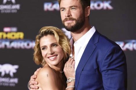 Chris Hemsworth - Elsa Pataky: Chuyện tình đẹp của chị và em