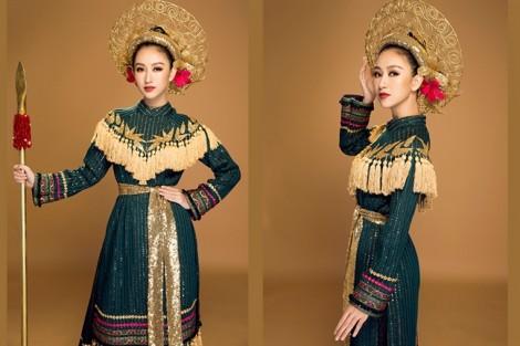 Nhiều người đẹp tặng trang phục cho Bảo tàng Phụ nữ Nam bộ