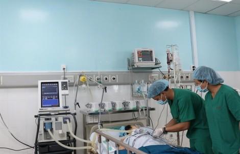 Những hình ảnh mổ tim hở đầu tiên ở một bệnh viện… tuyến quận