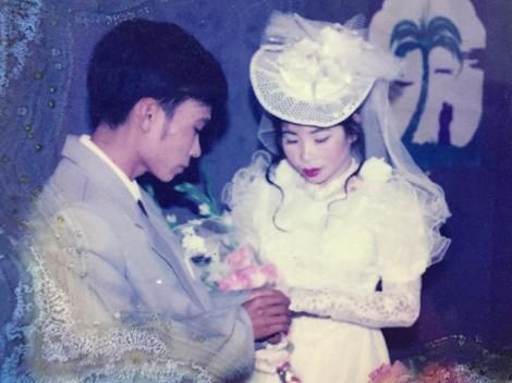 Hào hứng khoe ảnh 'Đám cưới thời bố mẹ tôi'