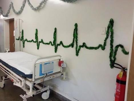 Cách trang trí lễ Giáng sinh độc lạ ở các bệnh viện trên thế giới