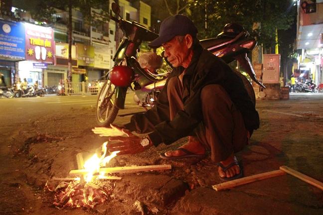 Nguoi vo gia cu co ro chong choi cai lanh dem Sai Gon