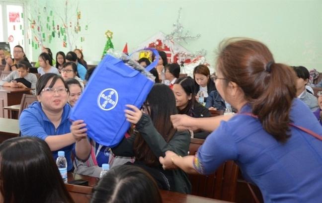 'Song chu dong: Khong ai thay the ban!' thu hut hon 5.000 sinh vien Viet Nam