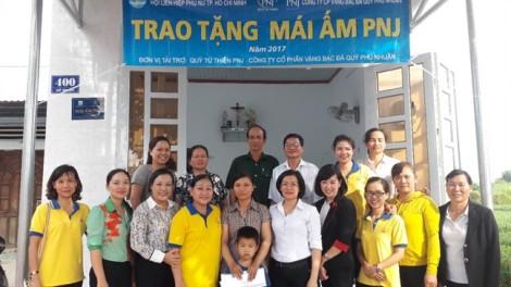 Tặng mái ấm tình thương cho phụ nữ nghèo tỉnh Bà Rịa - Vũng Tàu