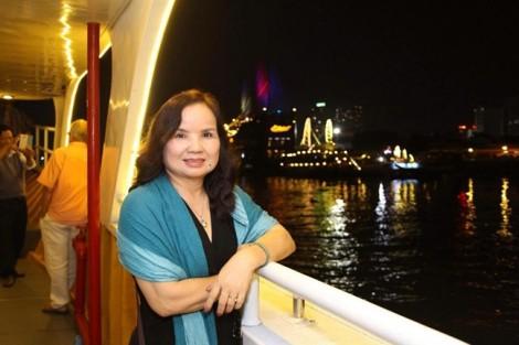 Nhà thơ Nguyễn Thị Thanh Long lại dính nghi vấn 'đạo thơ'