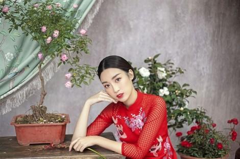 Hoa hậu Đỗ Mỹ Linh gợi ý cách chọn áo dài cách tân ngày Tết