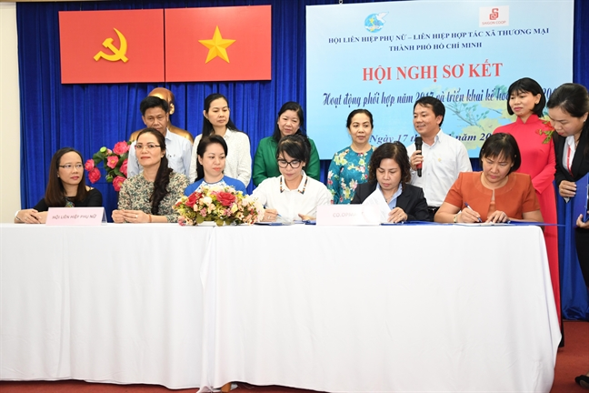 Hoi LHPN TP.HCM va Saigon Co.op tiep tuc mo nhieu cua hang lien ket