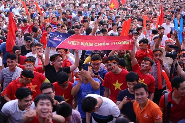 Co dong vien Viet Nam vo oa voi chien thang dep hon ca ky tich cua U23 Viet Nam truoc U23 Qatar