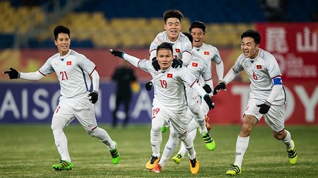 Canh giac truoc hien tuong bung no tai khoan mao danh cau thu, HLV U23 Viet Nam