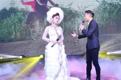 Quý Bình: 'Tôi không phải tình cũ của Lâm Khánh Chi'