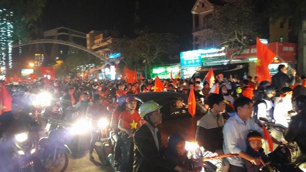 Co dong vien Viet Nam bat khoc khi U23 Viet Nam that bai bat ngo sau 120 phut chien dau ngoan cuong